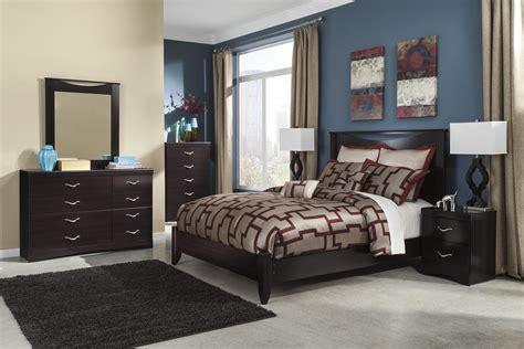 Signature Design By Ashley Zanbury Queen Bedroom Group