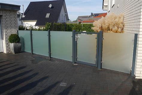 Zaun Aus Glas by Klarglas Satiniert Glaszaun Sichtschutz Zaun