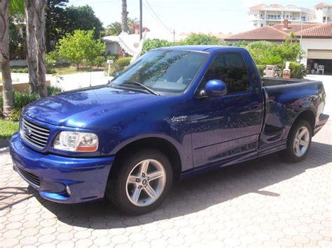 Ford Lightning 2002 foto, imágenes y video revisión