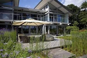 Terrasse Am Haus : terrassen anlegen planen gestalten mein sch ner garten ~ Indierocktalk.com Haus und Dekorationen