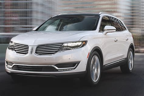 Lincoln Mkx 2019 by 2018 Lincoln Mkx Vs 2019 Lincoln Nautilus What S The