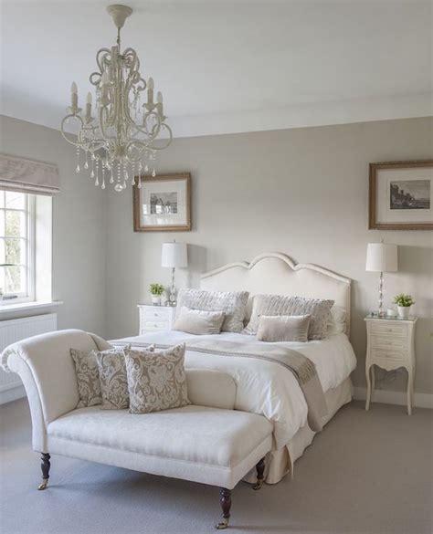 Tapisserie Couleur Taupe chambre de couleur taupe clair et blanc lumineux et lumire