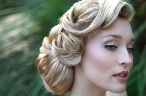 vintage wedding 1940s to 1970s wedding hairstyles bride