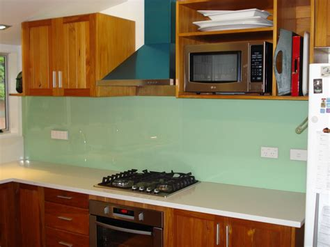 green kitchen splashbacks glass splashbacks auckland united glass 1436