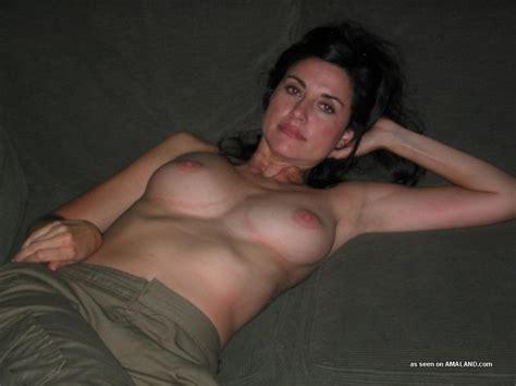 Hot Brunette Milfiness Milf Luscious