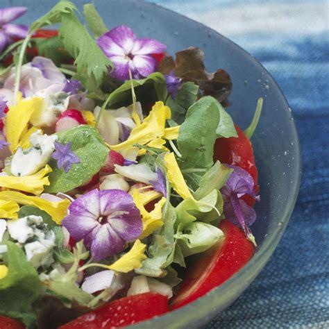 cuisine salade recette salade de fleurs cuisine madame figaro