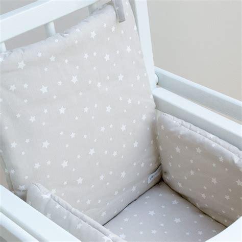 coussin de chaise haute combelle coussin de chaise haute bébé étoile gris clair cocoeko