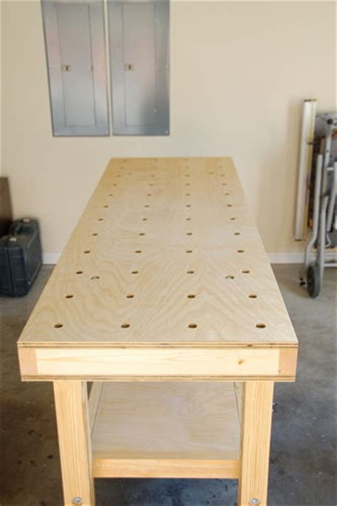 mobile torsion box workbench  design  features