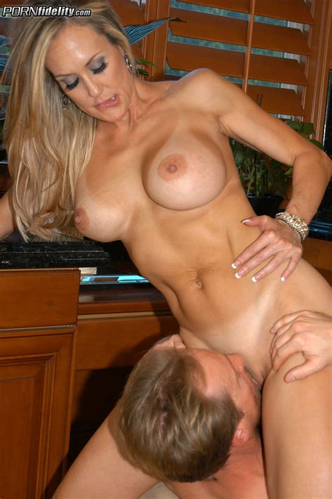 sexy booty babes brandi love and kelly medison moms archive