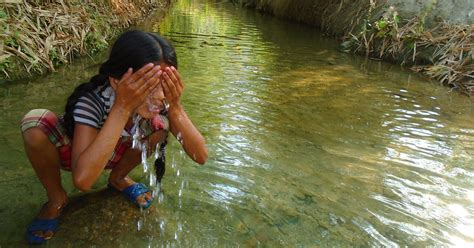 Girls Nepal Period Menstruation Taboo Photos