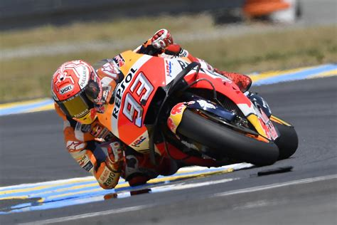 marc marquez continues  streak wins french gp