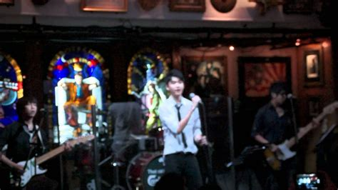 Enrique Iglesias - Escape @ Hard Rock Cafe Live (cover ...