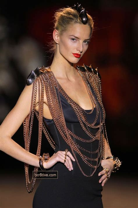 Aristocrazy Fashion Weeks Bling