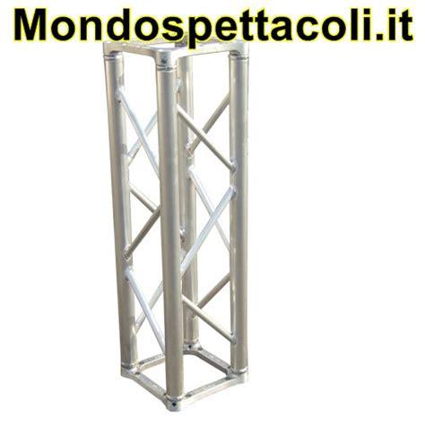 traliccio alluminio traliccio in alluminio sezione quadrata da 29cm l 400cm su
