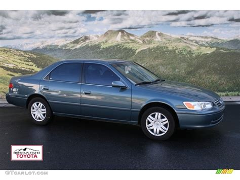 2001 Toyota Camry by 2001 Toyota Camry Photos Informations Articles