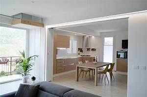 Una casa con soggiorno e cucina divisi solo quando serve Cose di Casa