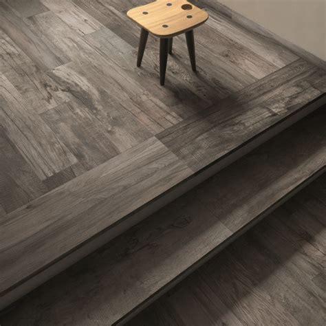 dolphin abkemozioni floor grey rett 20x120 cm stairs