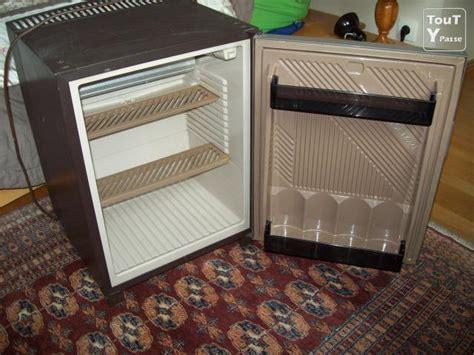 pe frigo de chambre design de maison