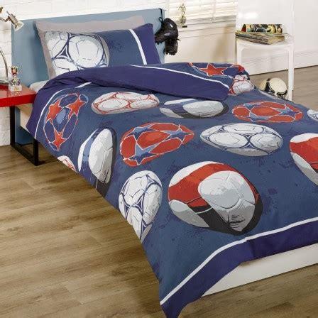 lit enfant forme ballon de football un lit original pour les enfants fan de foot meubles