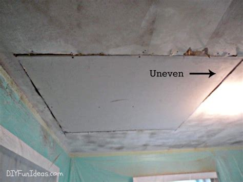 how to fix gap between ceiling and kitchen crown molding how to fill gap in drywall between wall and ceiling