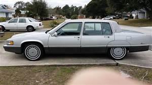 Sell Used 1989 Cadillac Fleetwood Base Sedan 4