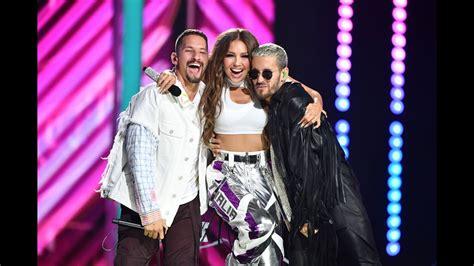 Thalia, Mau y Ricky - Ya Tú Me Conoces - Premio Lo Nuestro ...