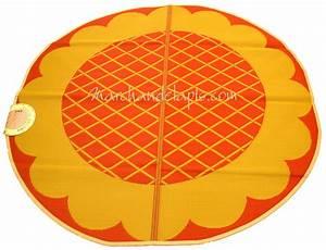 Tapis Rond Enfant : tapis enfant jaune orange plastique rond 174cm marchand de tapis ~ Teatrodelosmanantiales.com Idées de Décoration