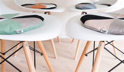 galettes pour chaises galette de chaise le pad par rali living déco design