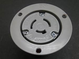 New Cooper 7328n 3 Pole 3 Wire Flanged Outlet 20a 125  250v