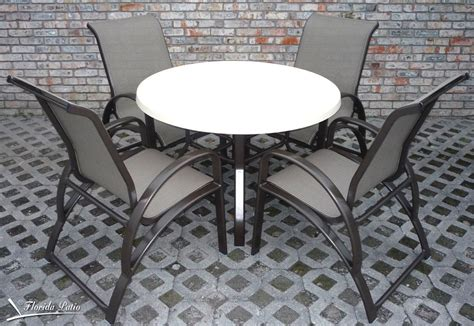 Chaise E 50 E 50 4 Dining Chairs Table Set Chaise Lounges