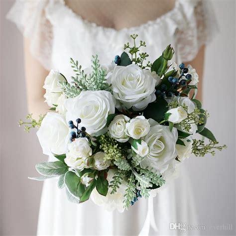 jane vini vintage white bouquet mariage winter wedding