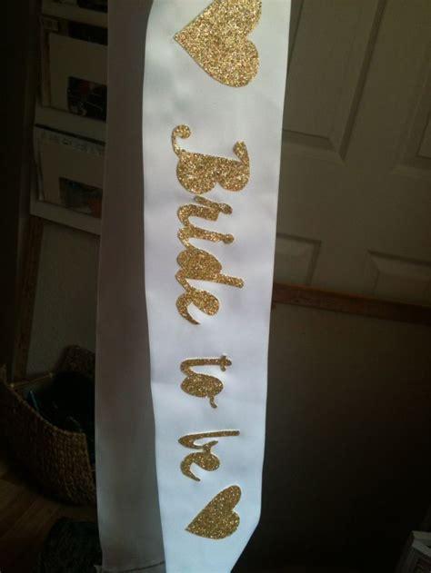 diy bachelorette party sash veil crafts