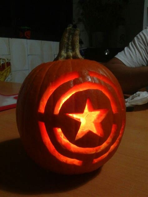captain america pumpkin manualidades pumpkin carving
