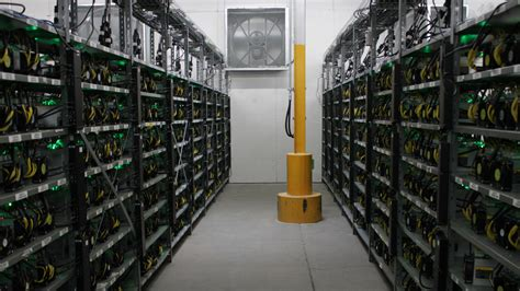 These asic machines mine at unprecedented speeds while consuming much less power than fpga or gpu mining rigs. Marathon Purchases 10,000 Bitcoin Miners, Machines Will Max Out 100 Megawatt Montana Facility ...