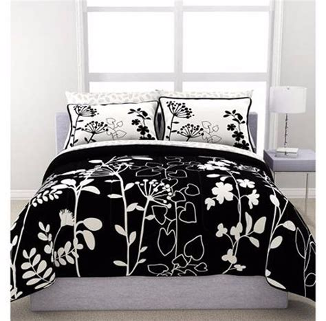 Black And White Bedding Sets by 7 Bedding Set Modern Black White Floral Bedroom