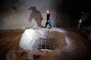 China Takes Stake in Russian Potash Maker Uralkali - WSJ