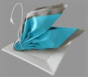 pliage serviettes mariage idée pliage serviette papier anniversaire search déco table recherche