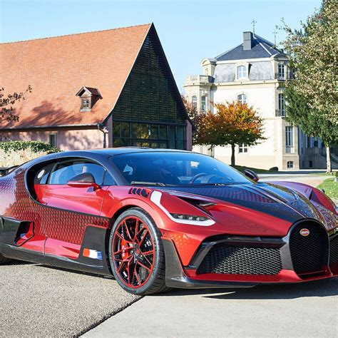 Maximum speed of bugatti divo? Bugatti 16/4 Veyron Bleu Centenaire