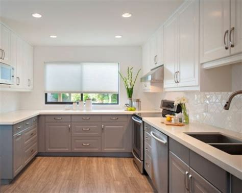 2 tone gray kitchen cabinets best 25 two toned kitchen ideas on