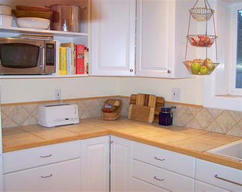 unclutter your life clearing the kitchen counter of kichen counter 28 images kitchen countertop options