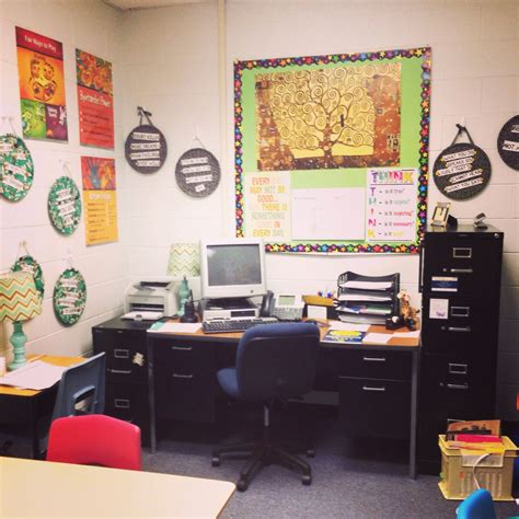 Decorating Ideas For Office At Work by Decoration Ideas For School Social Work Offices School