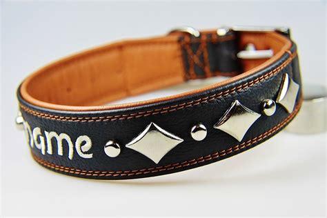 schwarzer hundehalsband mit namen und moderner raute