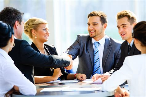 How to Attract and Retain Great Salespeople to your ...