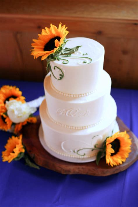 Sunflower Wedding Cake A Wedding Cake Blog