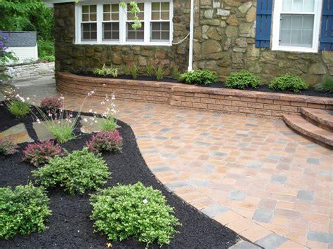 landscaping ideas with pavers 30 good backyard landscape design pavers izvipi com