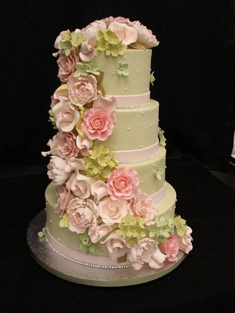 sugar paste flowers  wedding cakes idea