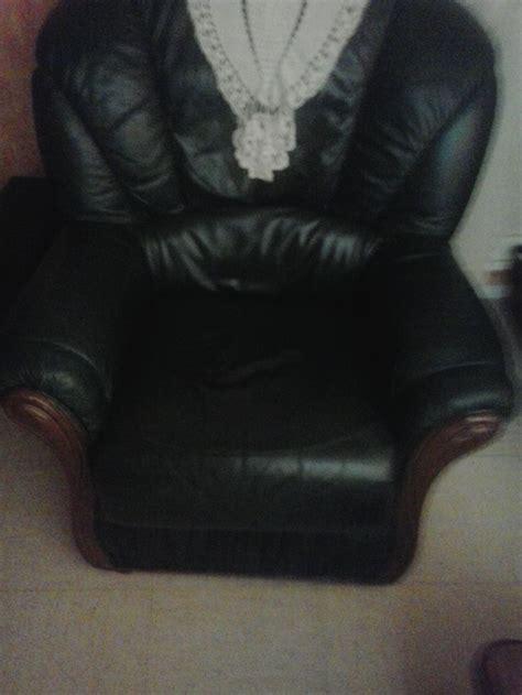 réparation d 39 un trou dans un canapé sofolk