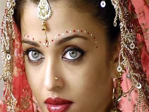 Bindi Not mere a fashion statement
