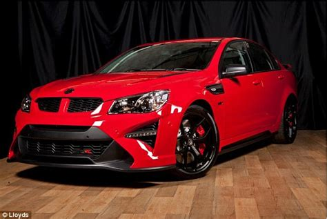 Holden Commodore sedan sells at auction for $269,000 ...