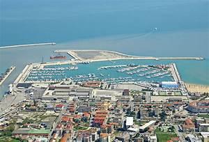 Marina Di Pescara In Pescara Italy Marina Reviews